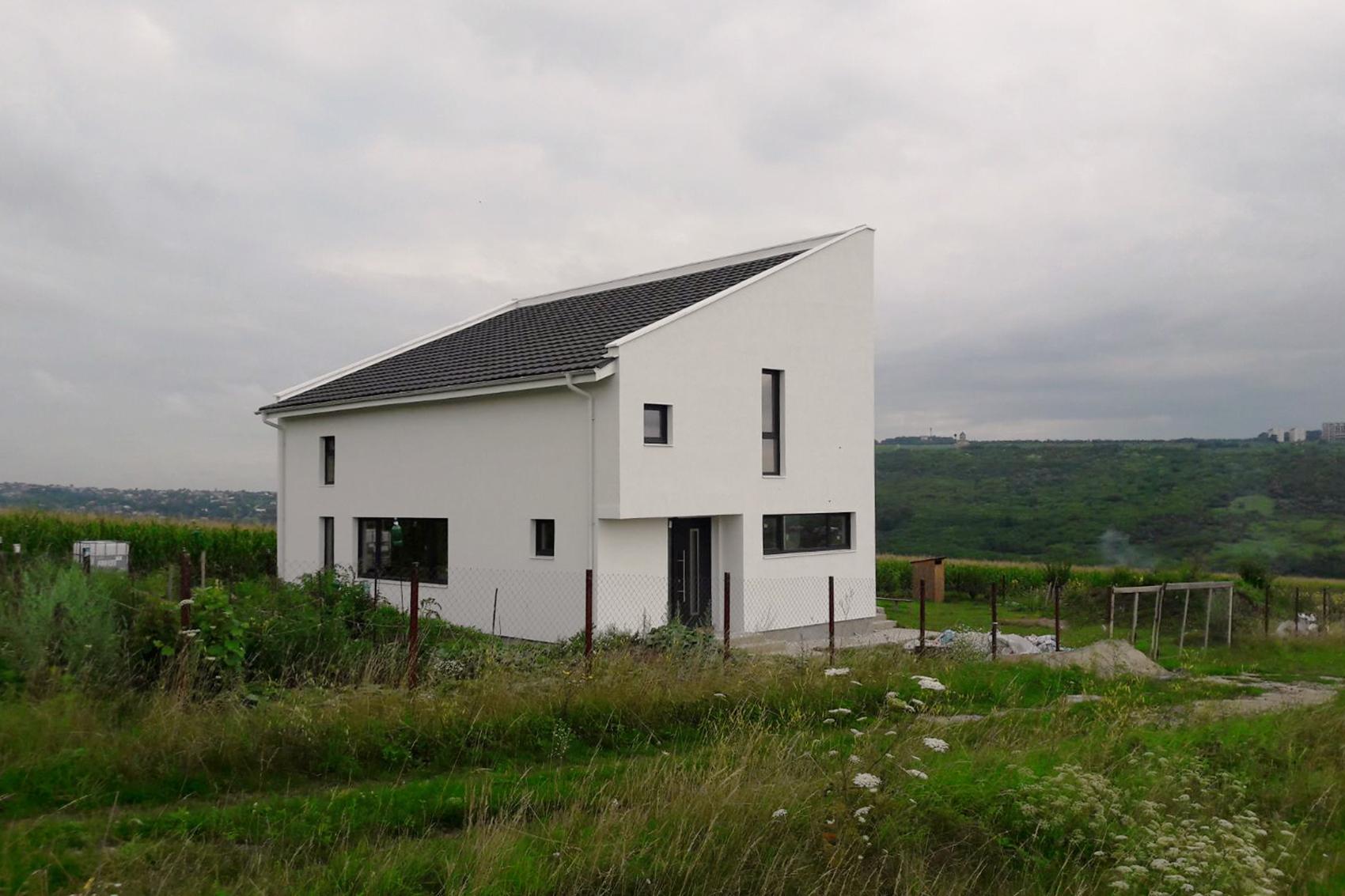 <span>DESIGN</span>Casa Chiriac