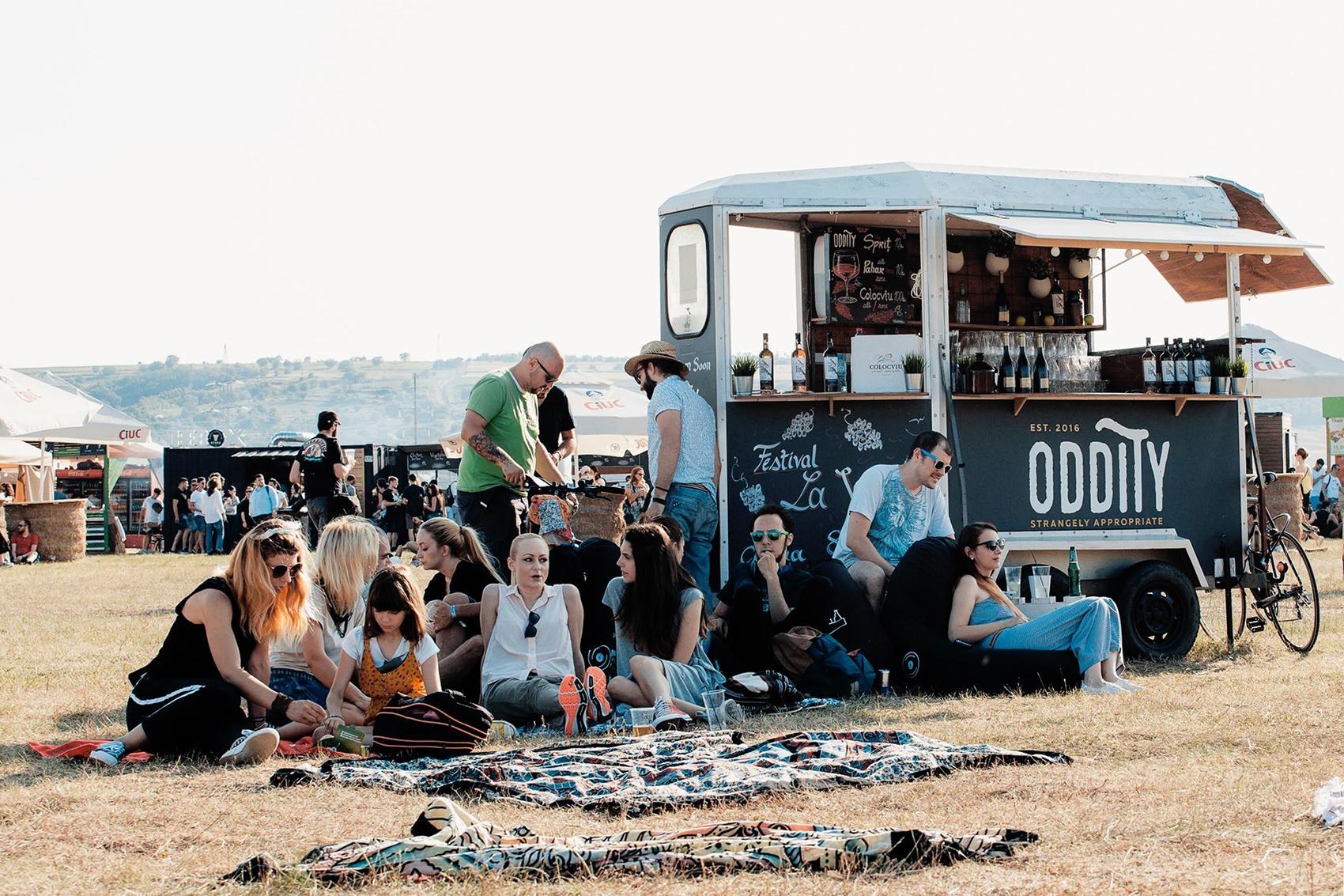 <span>DESIGN</span>Oddity Nomad-Bar
