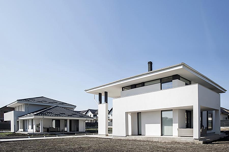 <span>ARHITECTURĂ</span>Două case